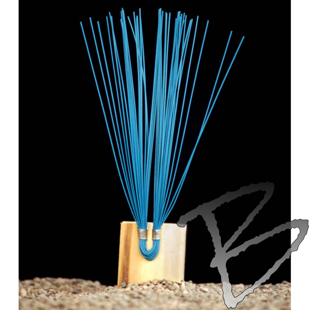"""1000 Count Smi-Carr 6/"""" Stake Chaser® Whiskers//Line Mark® Flags Green"""