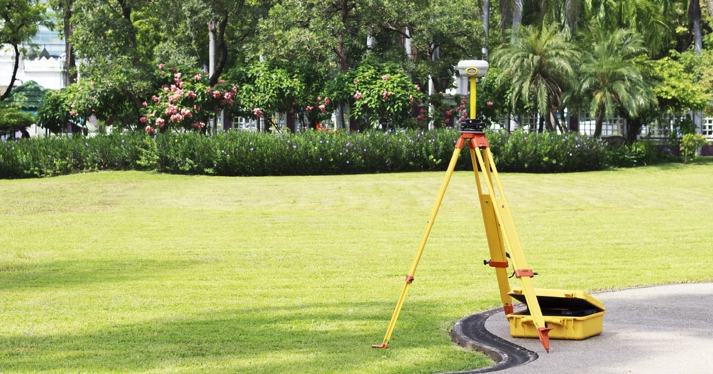How to Use GPS for Land Surveying (and Pros & Cons)
